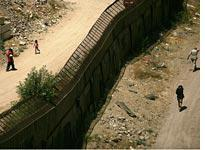 U.S./Mexican border in Arizona. Click image to expand.