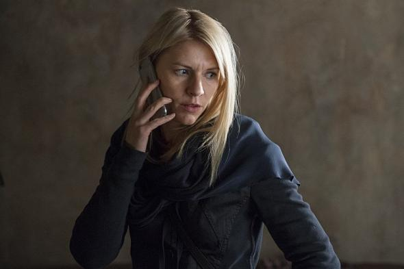 Carrie Mathison (Claire Danes) in Homeland.