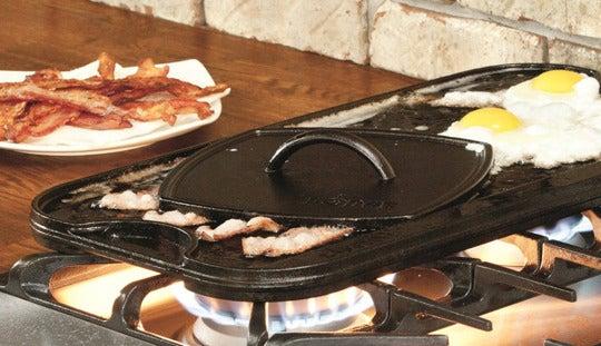 Lodge LPGI3 Cast Iron Reversible Grill/Griddle, Black.