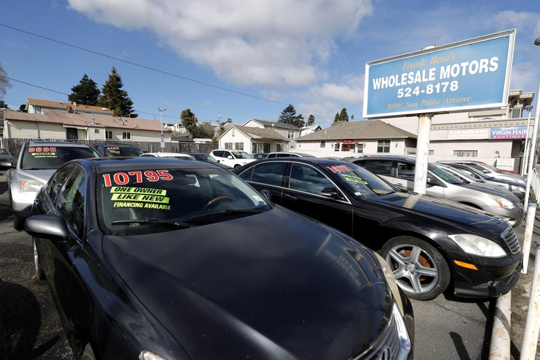 EL CERRITO, CALIFORNIA - MARCH 15: Used cars sit on the sales lot at Frank Bent's Wholesale Motors on March 15, 2021 in El Cerrito, California. Used car prices have surged 17 percent during the pandemic and economists are monitoring the market as a possible indicator of future increased inflation in the economy overall. (Photo by Justin Sullivan/Getty Images)