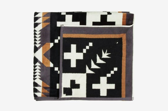 Pendleton Oversized Cotton Beach Towel.