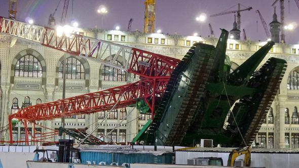 Crane collapse at Mecca