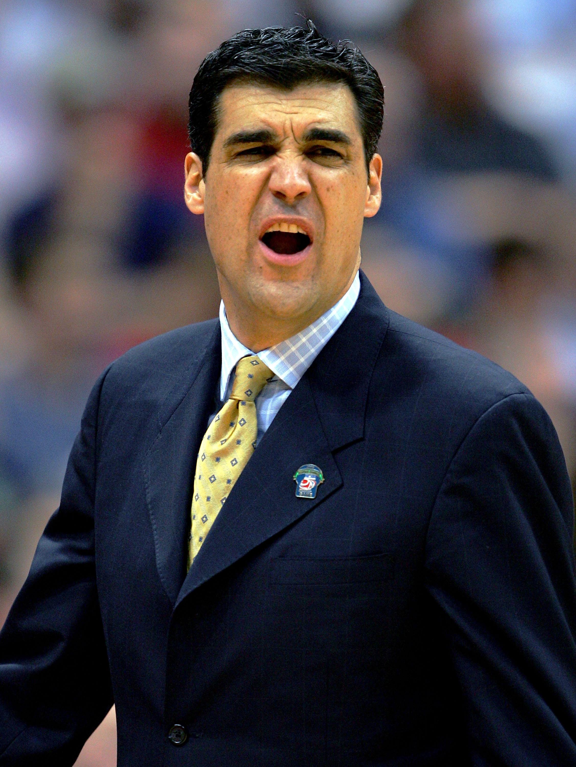 SYRACUSE, NY - MARCH 25:  Head coach Jay Wright of the Villanova Wildcats shouts during their regional semi-final game against the North Carolina Tar Heels on March 25, 2005 at the Carrier Dome in Syracuse, New York.  (Photo by Jamie Squire/Getty Images)