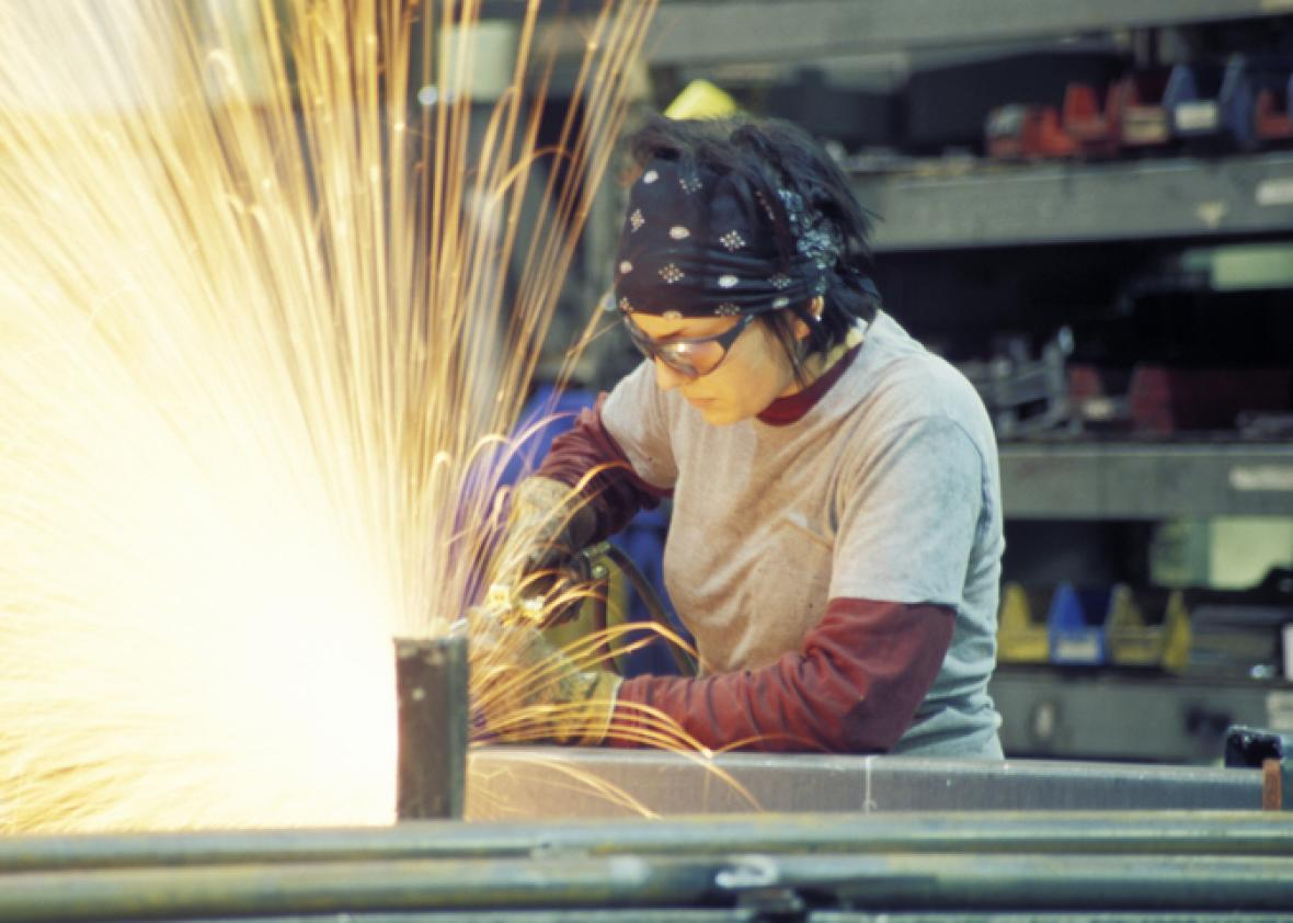 Female ironworkers will get six months paid maternity leave