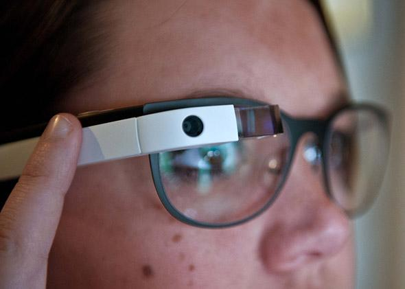 Think smartphones are distracting? Google Glass is worse.