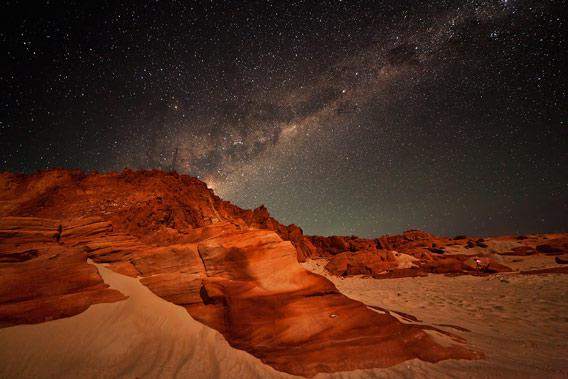 Milky Way over the beach at Cape Leveque. Click to embiggen.