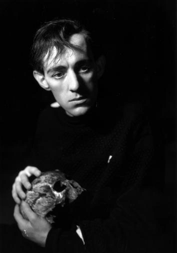Sir Alec Guinness in the role of Hamlet in 1938.