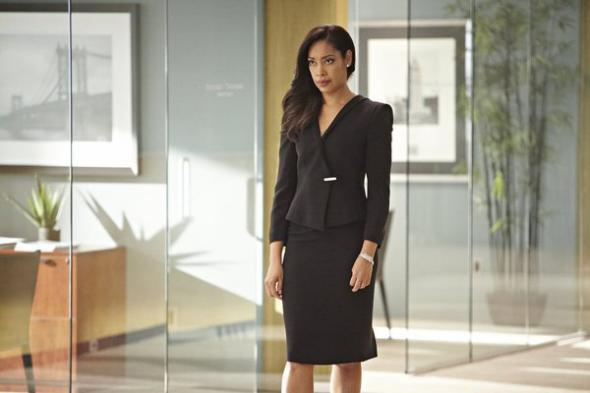 Suits Season 4 Costume Designer Jolie Andreatta Explains How They Choose The Outfits Photos