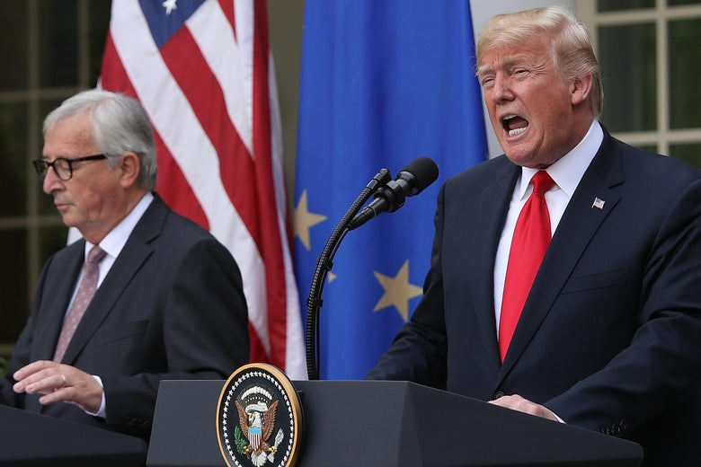 WASHINGTON, DC - JULY 25:  U.S. President Donald Trump (R) and European Commission President Jean-Claude Juncker (L) deliver a joint statement on trade in the Rose Garden of the White House July 25, 2018 in Washington, DC. Trump and Juncker announced the beginning of negotiations to eliminate trade tensions between the European Union and the United States.  (Photo by Win McNamee/Getty Images)