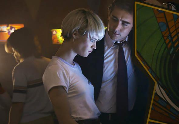 Mackenzie Davis Lee Pace in Halt and Catch Fire.