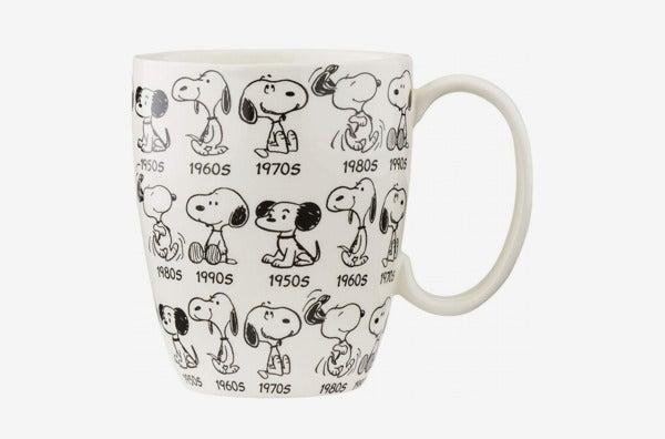 Department 56 Peanuts Anniversary Snoopy Mug
