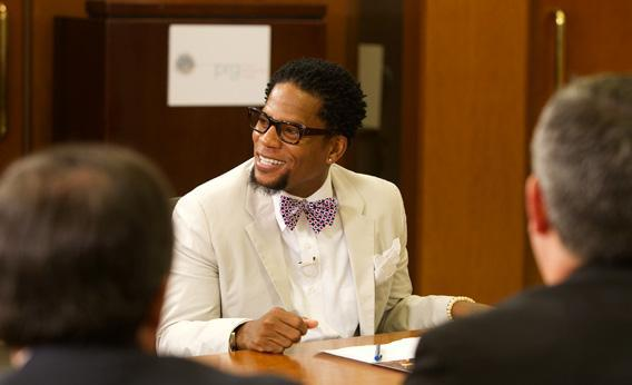 "D.L. Hughley in ""The Endangered List"""