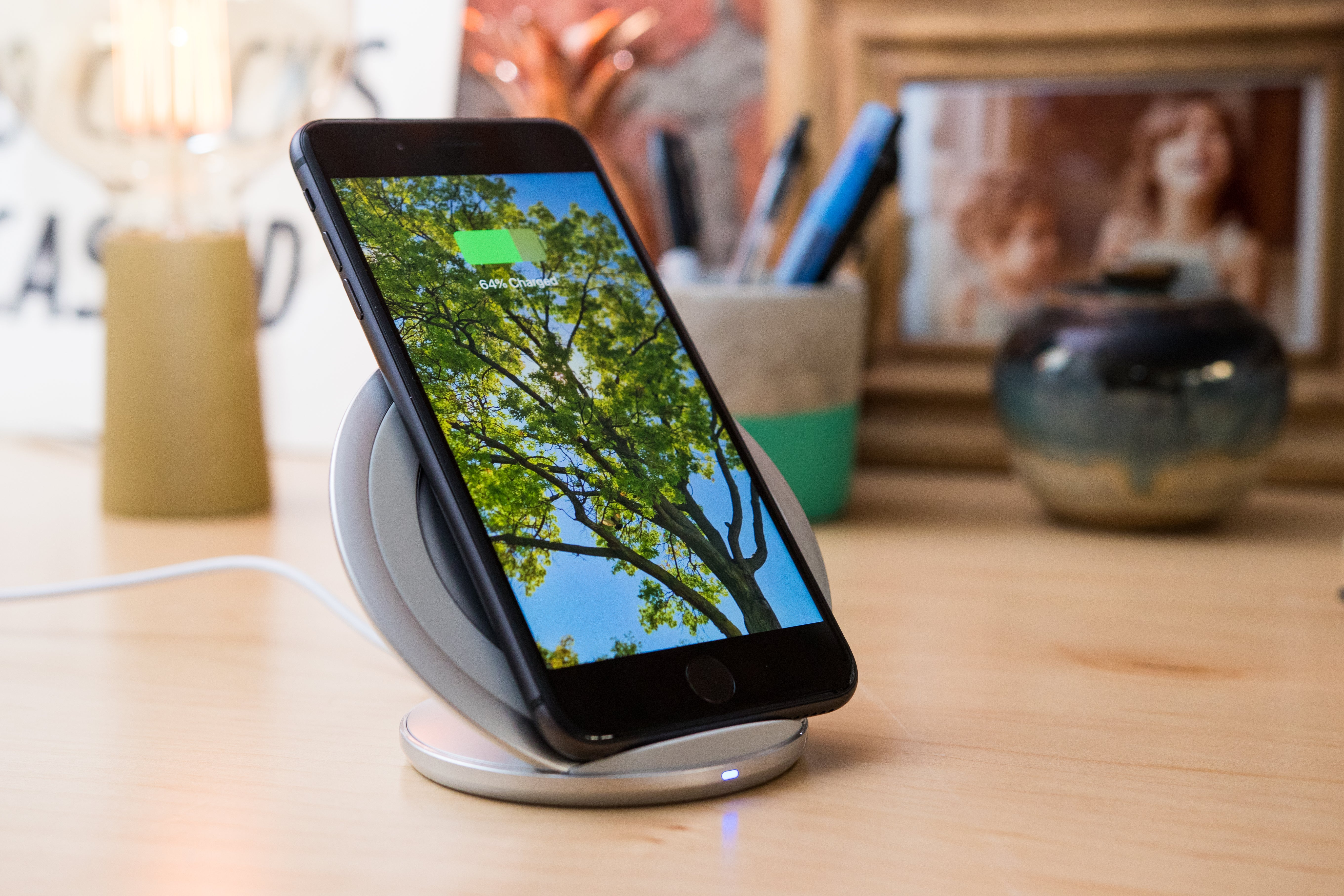 Samsung Fast Charge Wireless Charging Stand EP-NG930