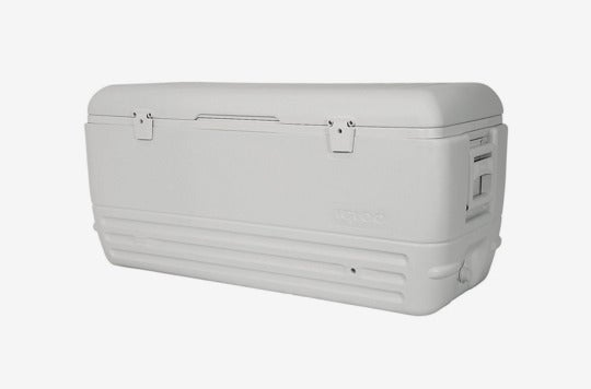 Igloo Quick and Cool 150 Qt. Cooler.