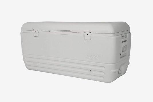 Igloo Quick and Cool 150 Qt. Cooler.