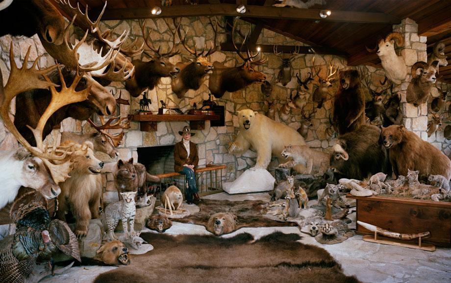 untitled huntress, trophy room # II, dallas, texasrecipient of t