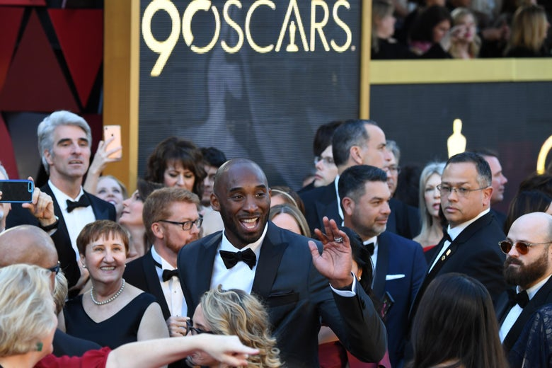 US basketball player Kobe Bryant arrives for the 90th Annual Academy Awards on March 4, 2018, in Hollywood, California.  / AFP PHOTO / Robyn Beck        (Photo credit should read ROBYN BECK/AFP/Getty Images)