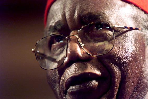 Chinua Achebe addresses the Steve Biko memorial ceremony in Cape Town on the 25th anniversary of the activist's death in police custody, September 12, 2002.