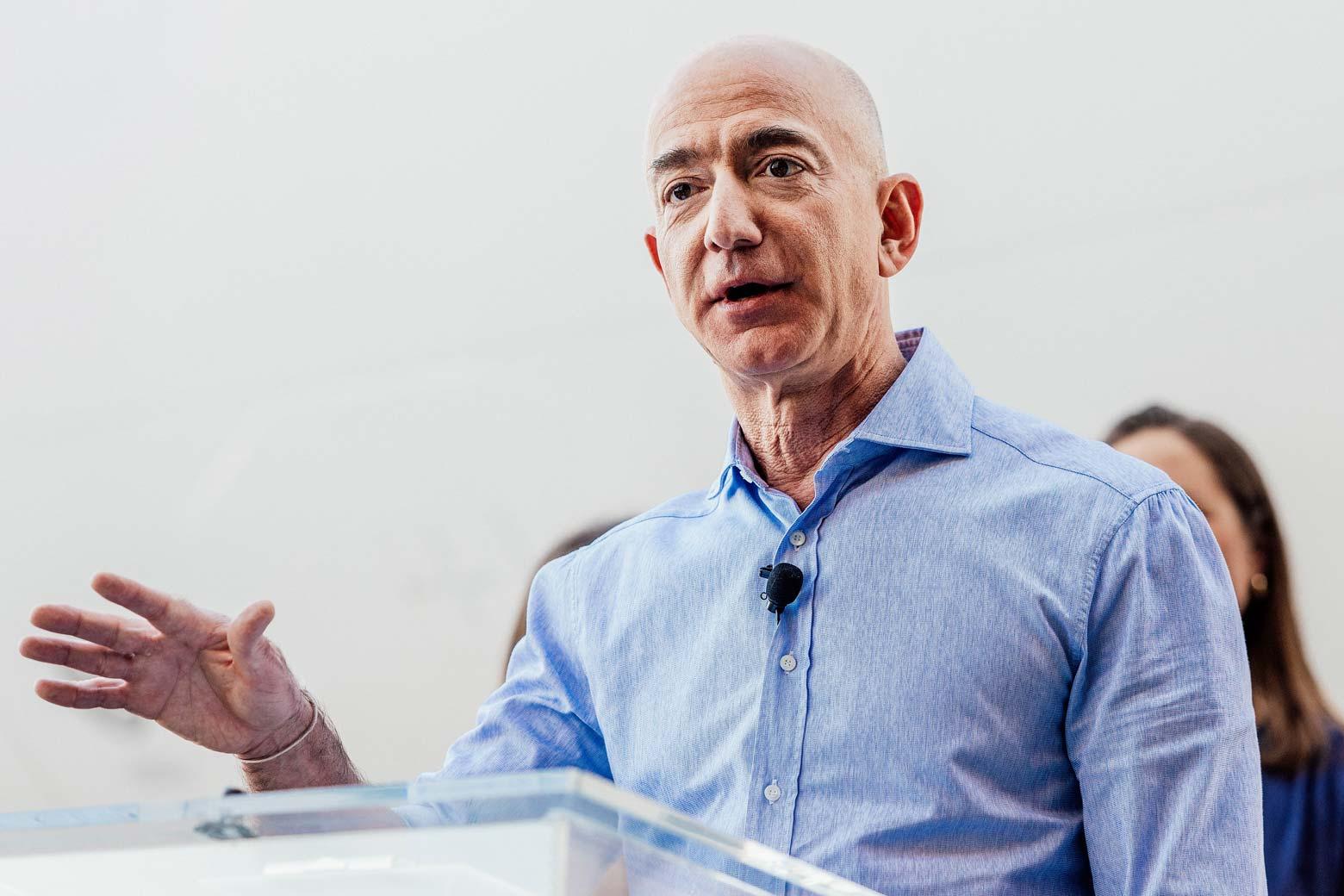 Jeff Bezos speaks to a group of Amazon employees.