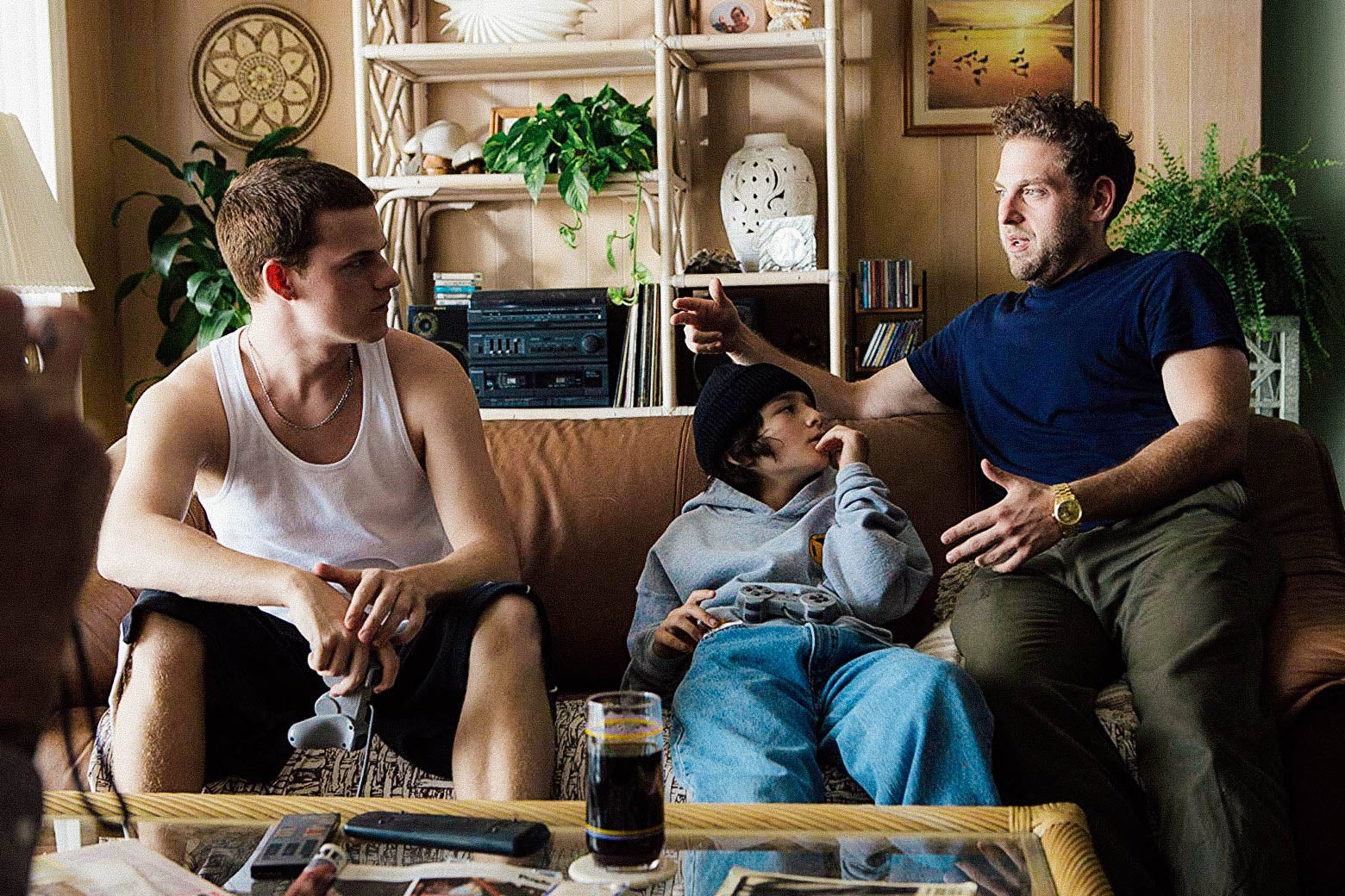 Sunny Suljic, Lucas Hedges, and director Jonah Hill on the set of Mid90s