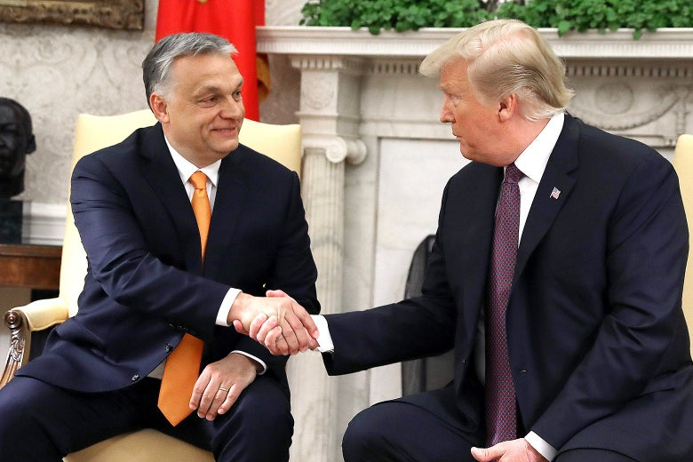 Donald Trump shakes hands with Viktor Orbán in the Oval Office.