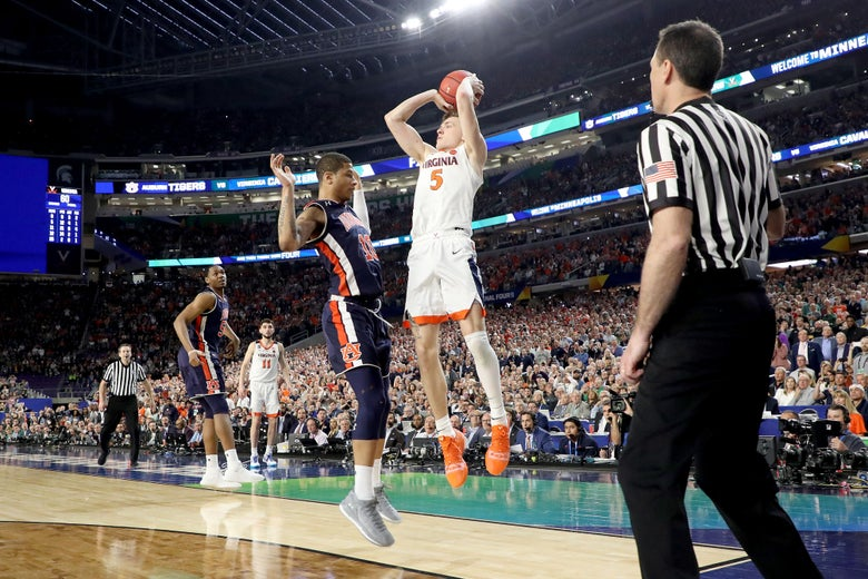 Virginia Beats Auburn Thanks To Composure And Controversy