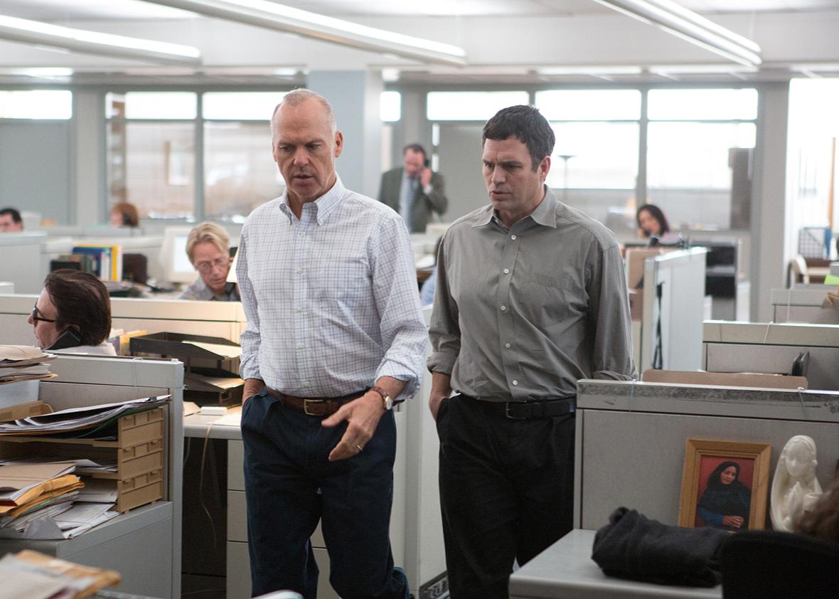 Michael Keaton as Walter 'Robby' Robinson and Mark Ruffalo as Michael Rezendes in SPOTLIGHT.