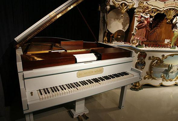 Player piano.