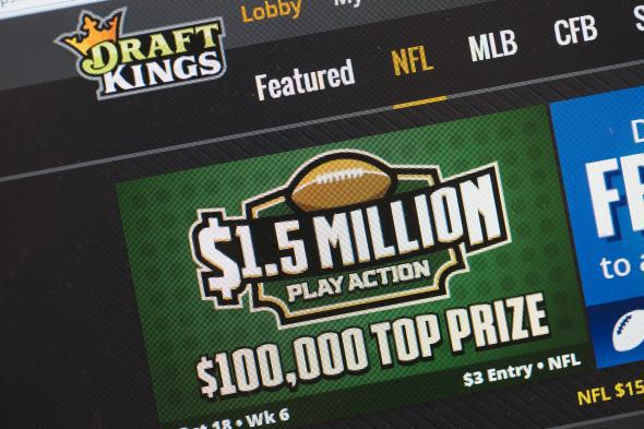 New York orders DraftKings and FanDuel to stop cash contests