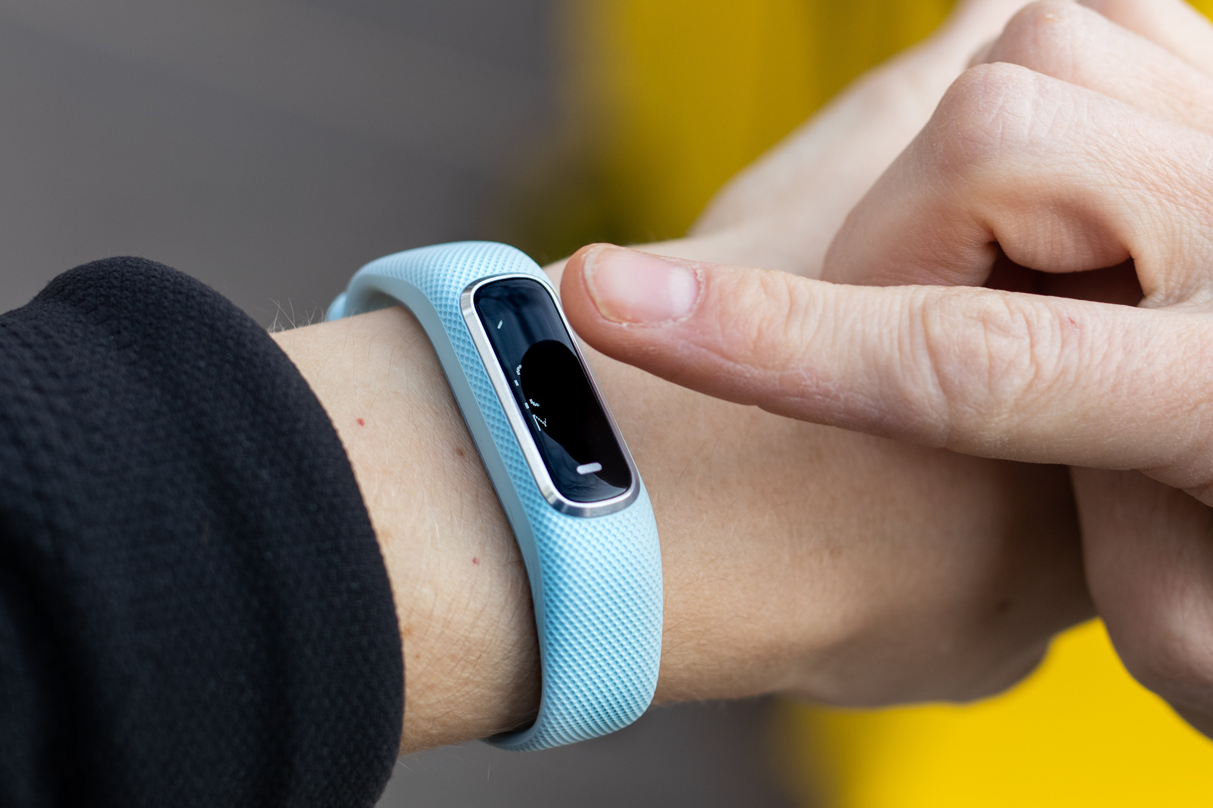 Vívosmart 4's touchscreen