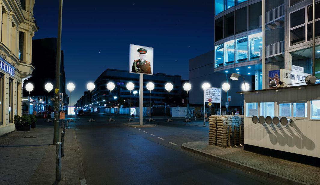 Visualization of the Lichtgrenze at Checkpoint Charlie