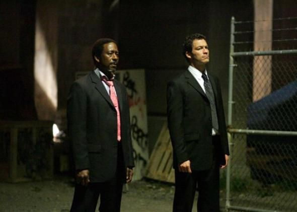 Clarke Peters and Dominic West in The Wire