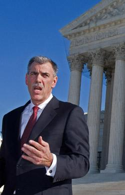Solicitor General Donald Verrilli gave arguments in favor of Obamacare.