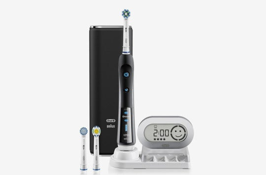 Black Oral-B Pro 7000 SmartSeries electric toothbrush.