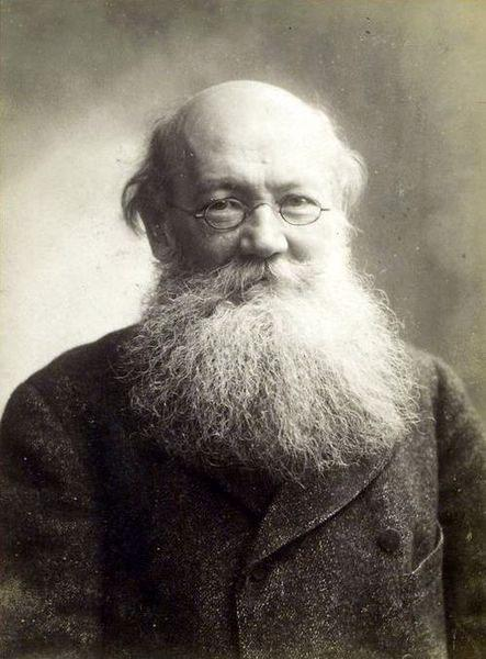 Peter Kropotkin circa 1900.