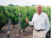 Thierry Manoncourt in his vineyard. Click image to expand.