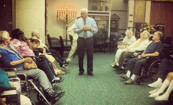 Former congressman Chris Shays campaigns at a Jewish retirement home in Fairfield, CT.