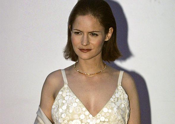 Jennifer Jason Leigh, 2001