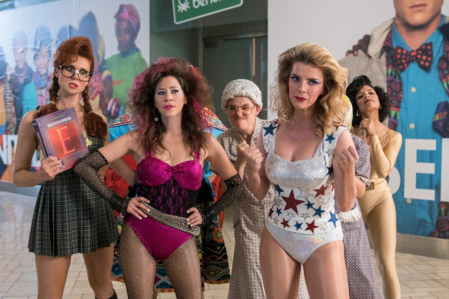 Five cast members of GLOW.