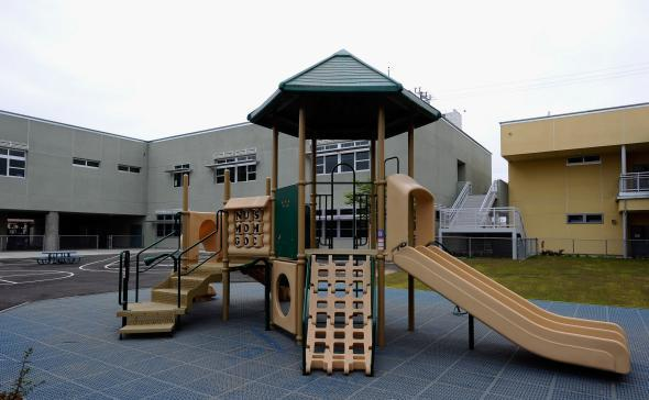 In Britains Playgrounds Bringing In >> The Hard And Scary Playgrounds Of Yesterday Just As Rooted In Their