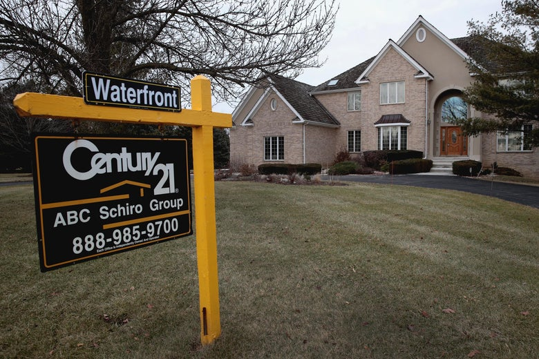 SOUTH BARRINGTON, IL - FEBRUARY 21:  A home is offered for sale on February 21, 2018 in South Barrington, Illinois. January home sales experienced a sharp drop over the same period last year because of a shortage of modestly-priced homes available to first-time home buyers. Sales of homes priced below $100,000 fell 13 percent while sales of homes priced between $500,000 and $750,000 increased nearly 12 percent in January.  (Photo by Scott Olson/Getty Images)
