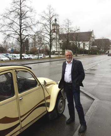 Green legislator Rüegg says Germany's VAT rebate is a main cause of northern Switzerland's border town woes.