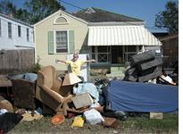 My neighbor Kathleen says goodbye to her former belongings         Click on image to enlarge.
