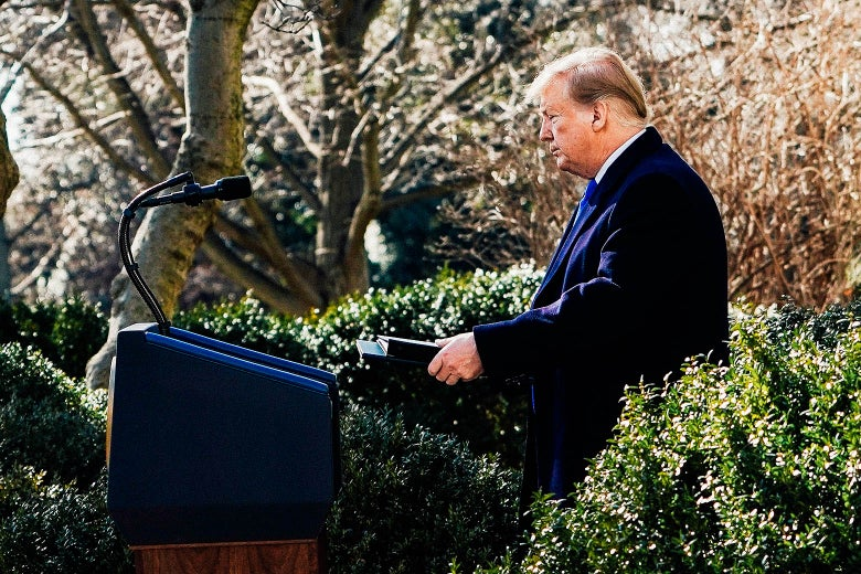 """Donald Trump arrives Friday to give a speech at the White House at the Rose Garden. """"Srcset ="""" https://compote.slate.com/images/a97a1a8b-1aa2-4f23-b2ba-89420d666c75.jpeg?width=780&height=520&fr = 1560x1040 & offset = 0x0 1x, https://compote.slate.com /images/a97a1a8b-1aa2-4f23-b2ba-89420d666c75.jpeg?width=780&height=520&rect=1560x1040&offset=0x0 2x"""