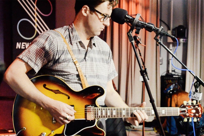 Nick Waterhouse plays the guitar.