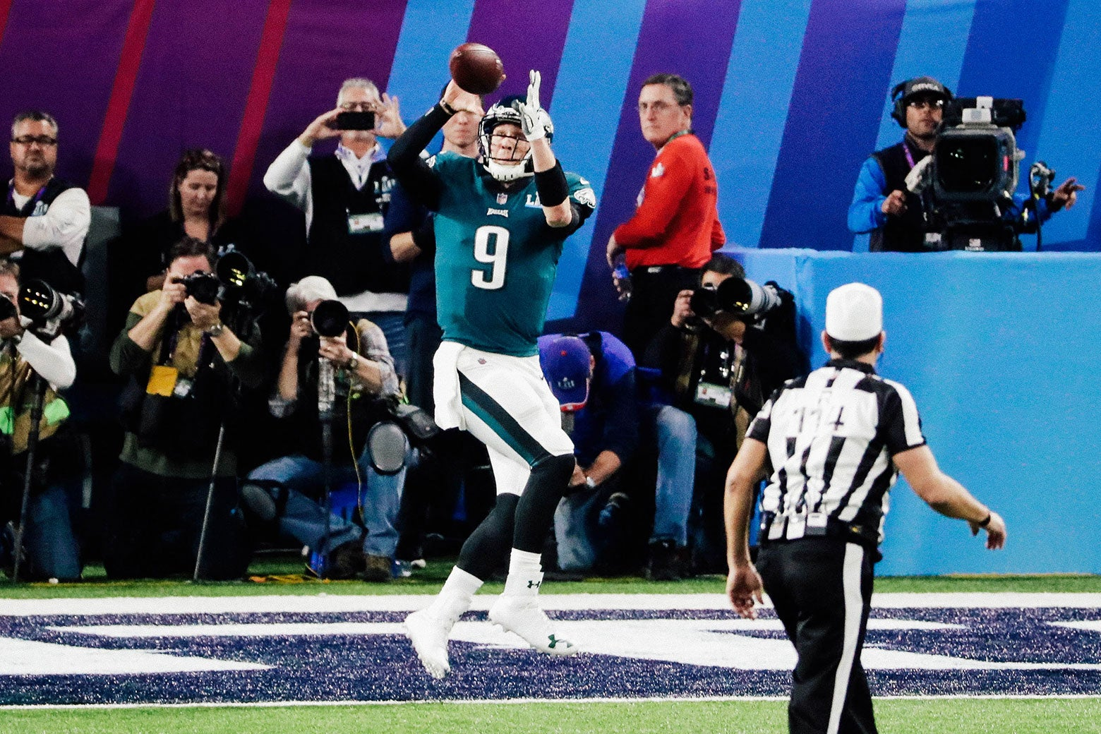Nick Foles of the Philadelphia Eagles catches a second-quarter touchdown reception against the New England Patriots in Super Bowl LII at U.S. Bank Stadium on Sunday in Minneapolis.