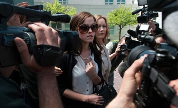 Leslie Mann and Emma Watson in The Bling Ring.