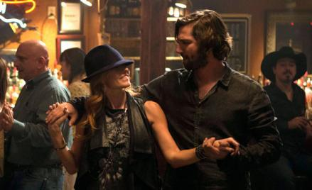 Connie Britton and Michiel Huisman in Nashville.