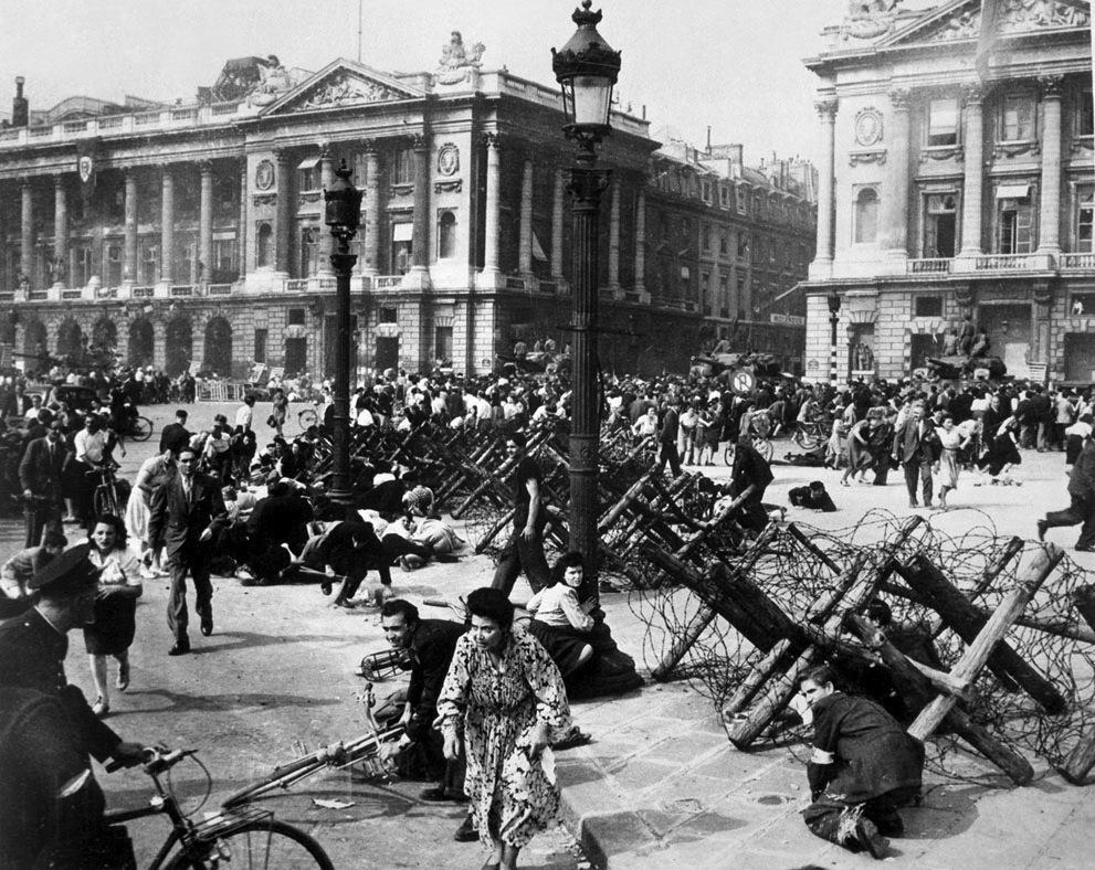 Snipers in Paris