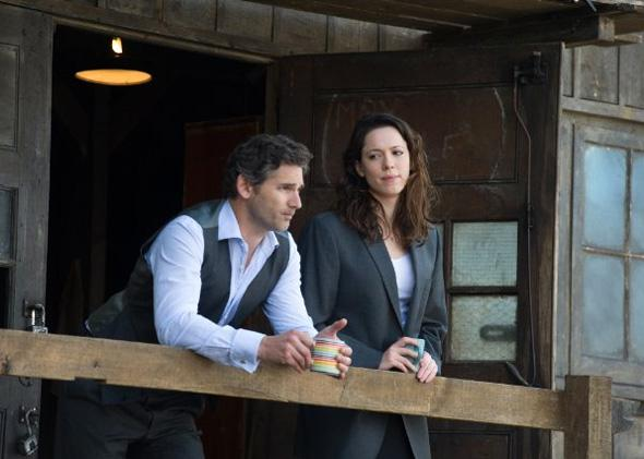 Eric Bana and Rebecca Hall in Closed Circuit.